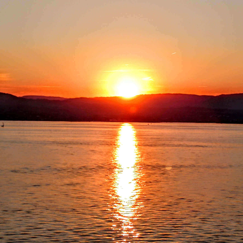 Essential Top - Sunset 1 by VIDA VIDA Quality Original gPic9xHVBp